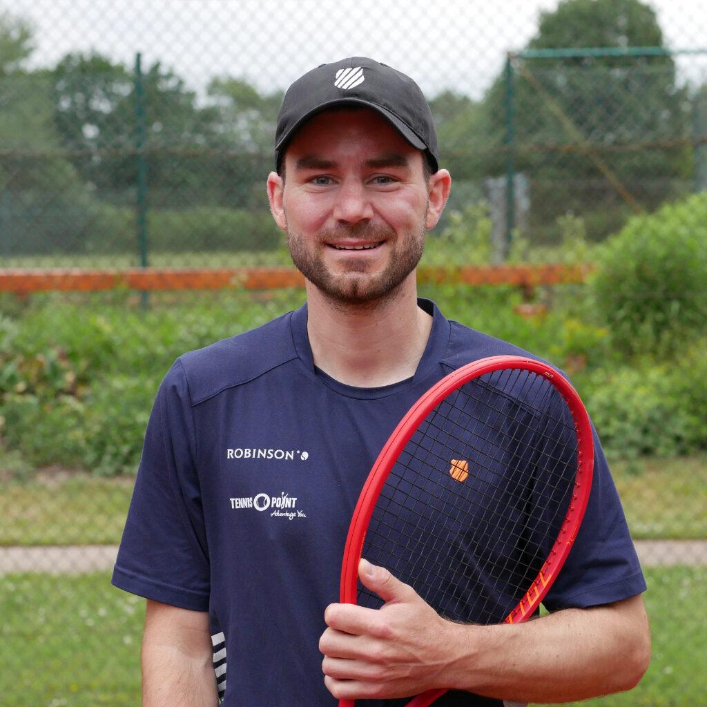 Adrian-Trainer-1